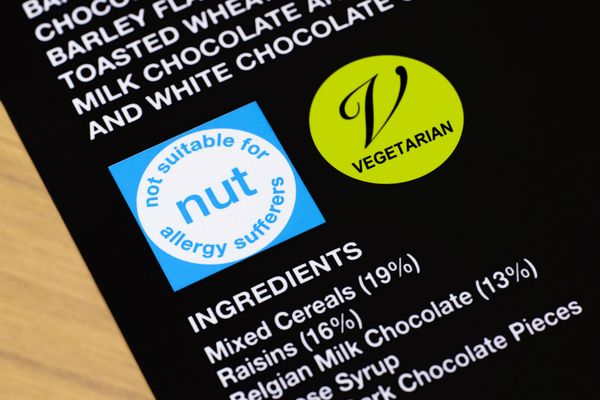Nut allergy warning on packaging