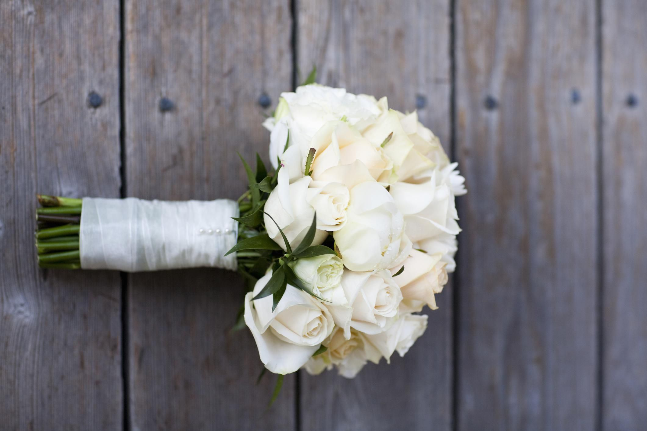 White bridal bouquets classic and elegant dhlflorist Image collections