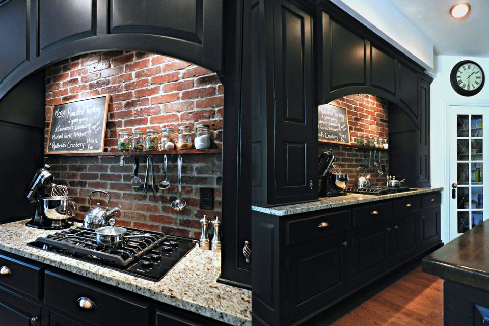 Brick-Farmhouse-kitchen