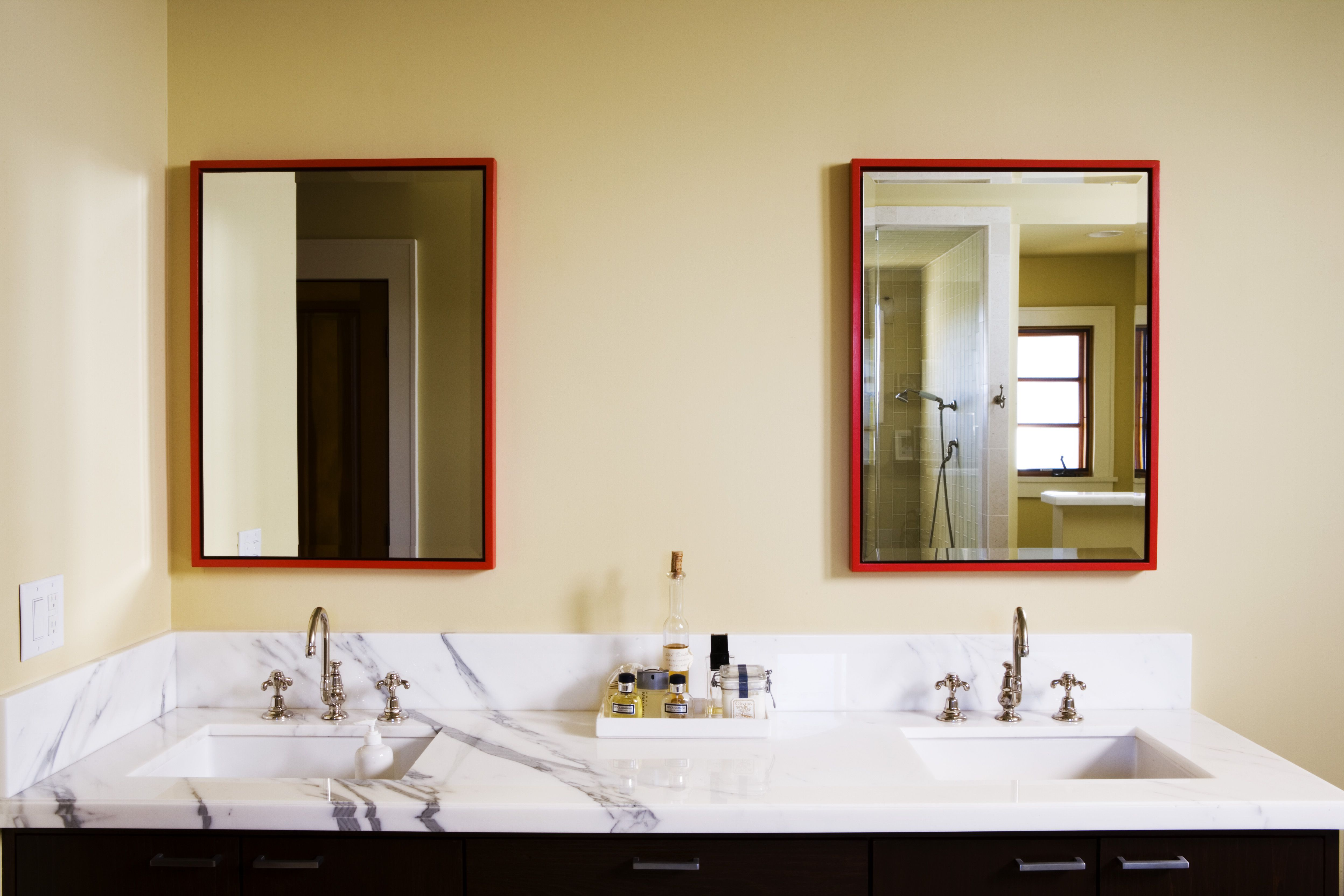 Bathroom cabinets sinks - Installing Two Sinks With Only One Drain Bathroom Sinks