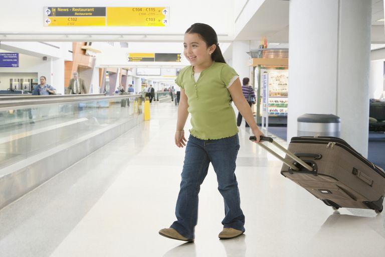 Los niños necesitan su propia visa para ingresar a Estados Unidos