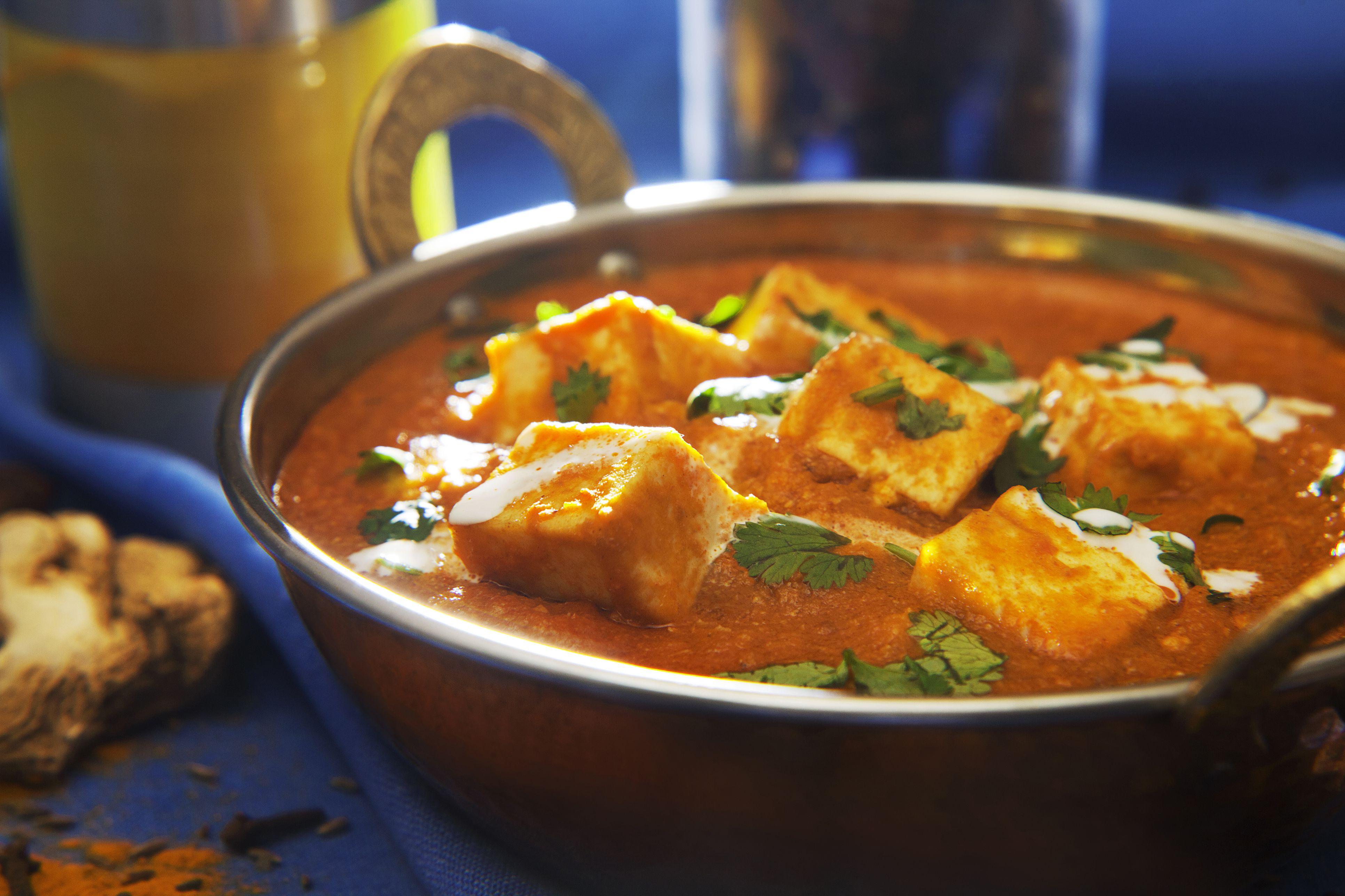 Murgh Musallam Mughlai Style Chicken In Spices