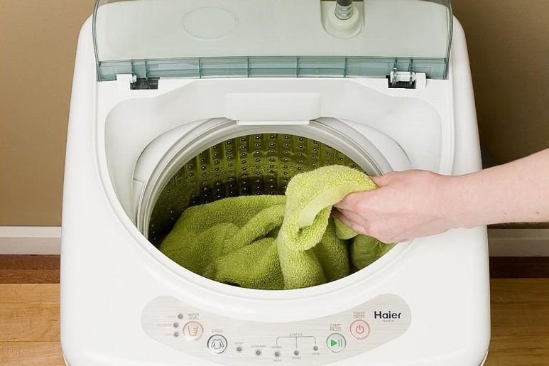 What you need to know about portable washing machines - Washing machines for small spaces photos ...