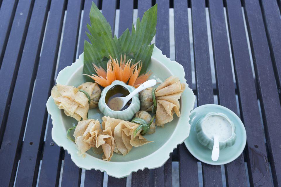 Crab Rangoon with Dipping sauce