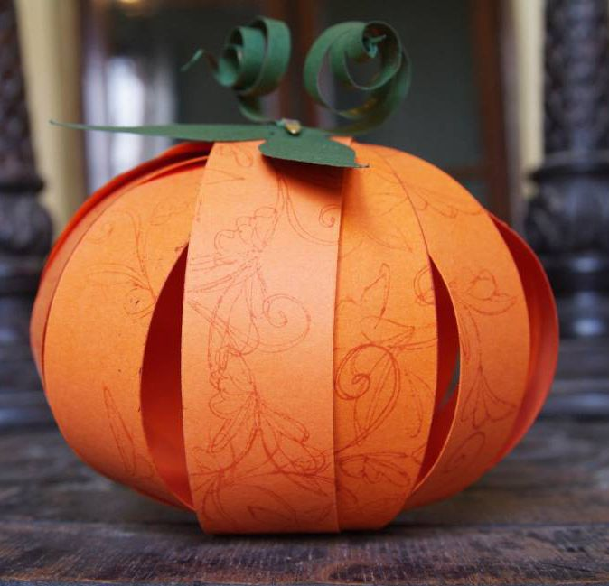 Easy Paper Pumpkin