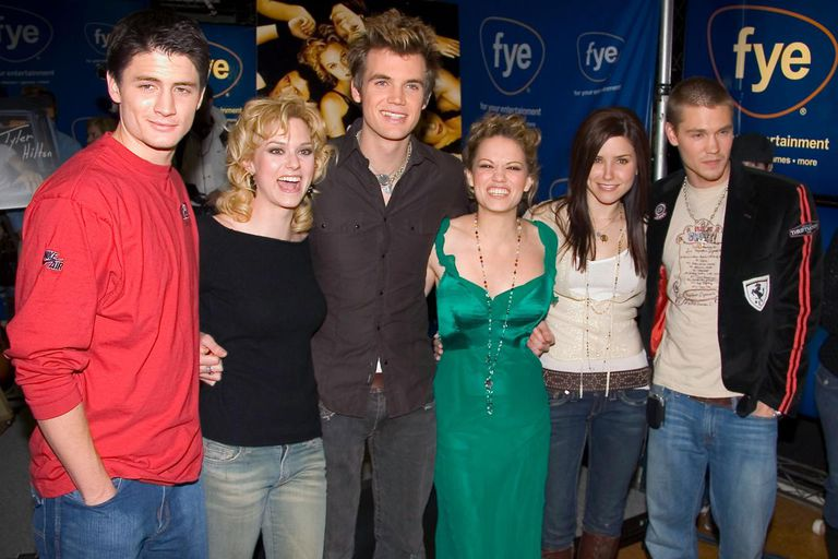 Cast Of Tree Hill At FYE Music Store