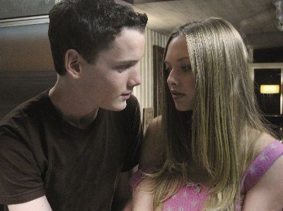 Anton Yelchin and Amanda Seyfried star in Alpha Dog