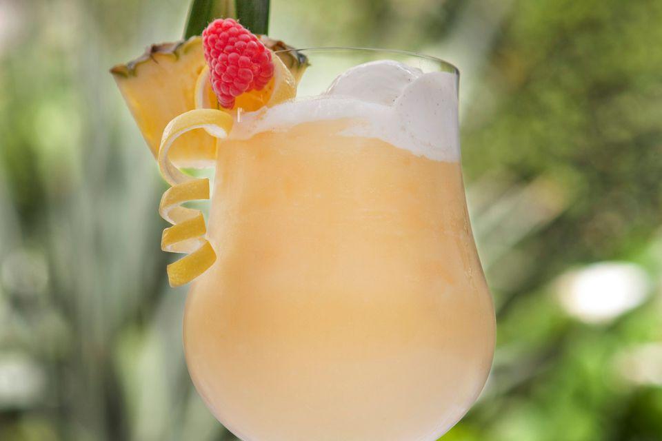 Frozen Banana Daiquiri Rum Cocktail Recipe