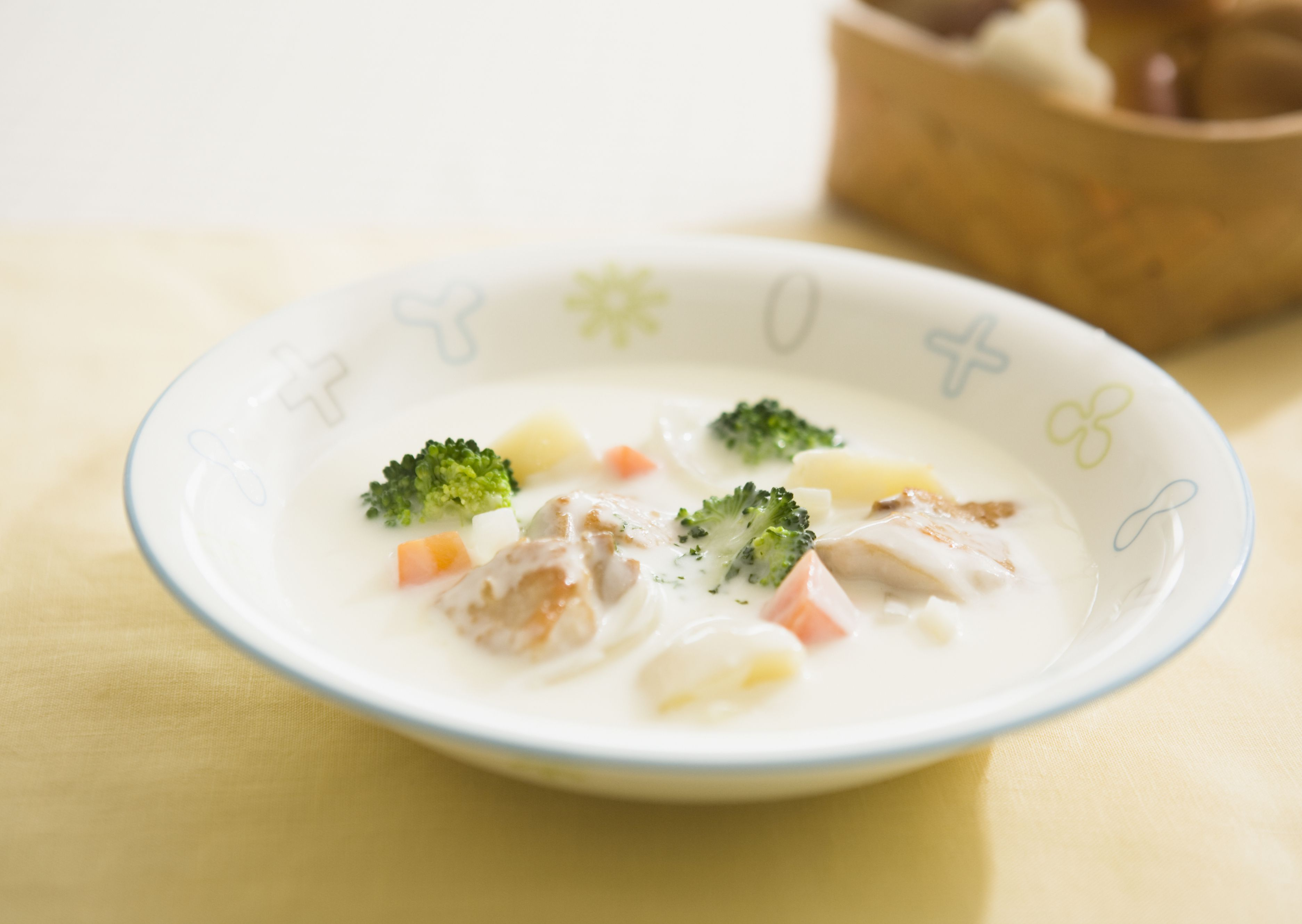 Japanese cream stew with chicken and broccoli recipe for Creamy fish stew