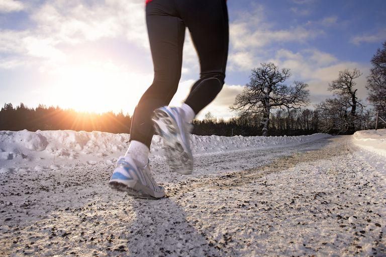 feet running on snow