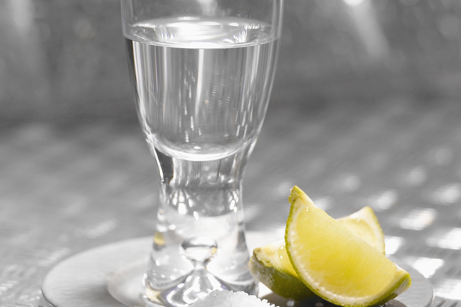 Create a tequila slammer shot for your next party for Party drinks with tequila