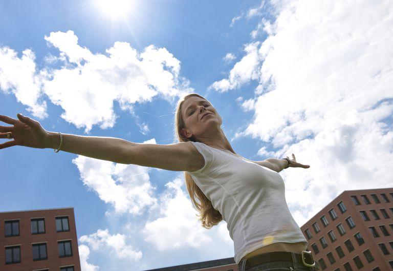 breathing-sky-buildings-relax.jpg