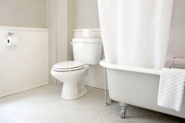 An empty bathroom