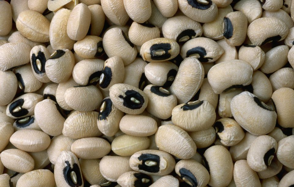 A closeup of a pile of black eyed peas