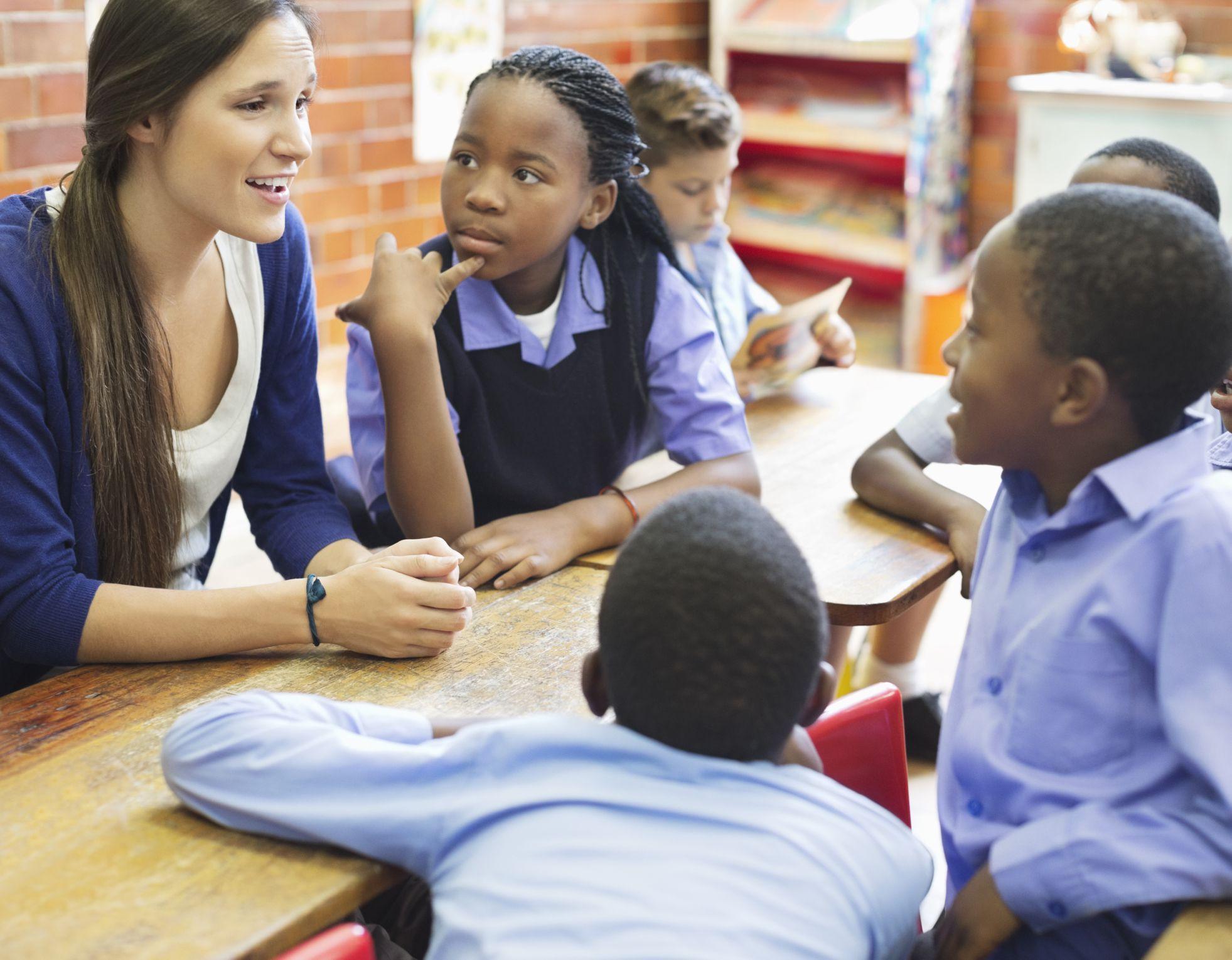 Should teachers date students