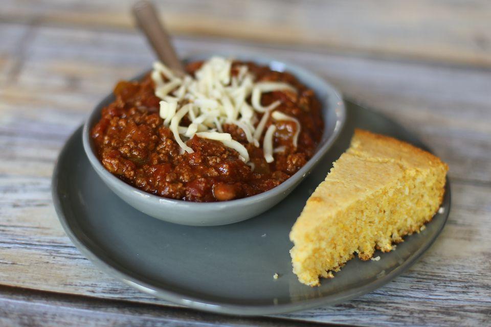 Easy Chili with Shredded Cheddar Cheese