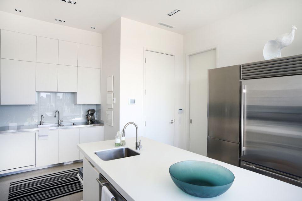 glass sheet backsplash install - Glass Sheet Kitchen Design
