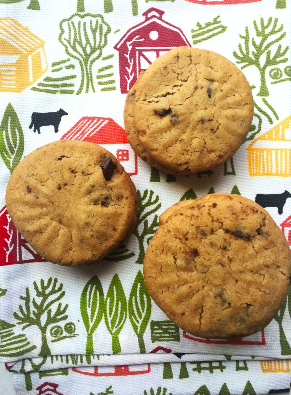 Brown Sugar Chocolate Chip Shortbread Cookies