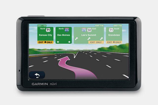 Garmin Nuvi 1390T dedicated car GPS