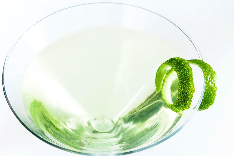 Kamikaze or bullfrog vodka cocktail recipe for Cocktail kamikaze
