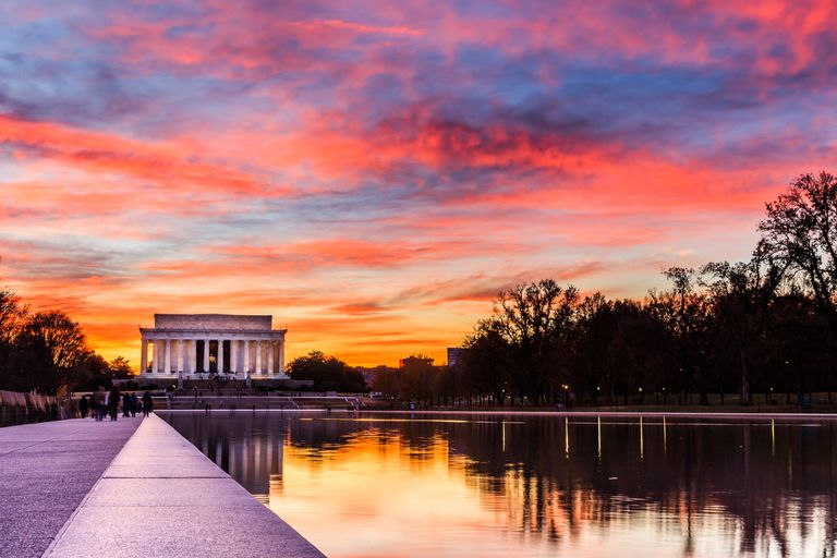 Lincoln Memorial in Washington, DC, at sunset.
