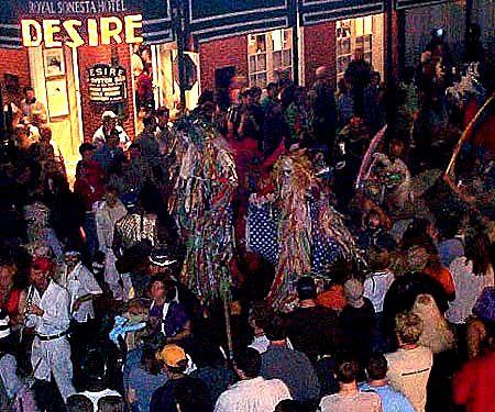 new orleans halloween parade bourbon street csusan smith - New Orleans Halloween Parties