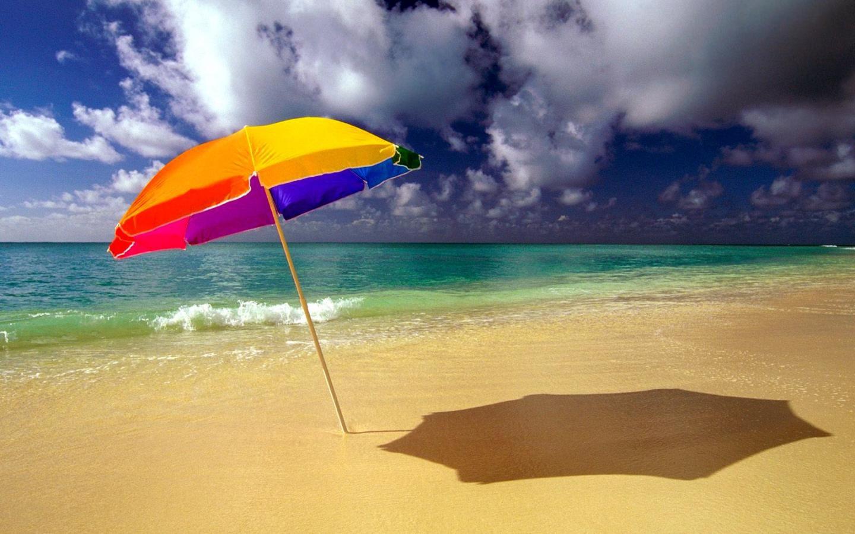 13 beautiful free beach wallpapers