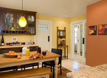 benjamin moore kitchen paint color ideas westminster gold and sienna clay