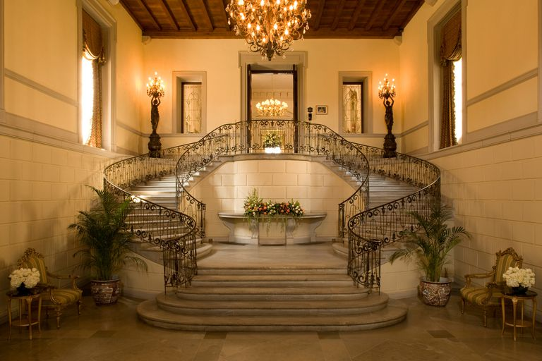 Samuel Yellin designed the elegant wrought iron stairway at Oheka Castle