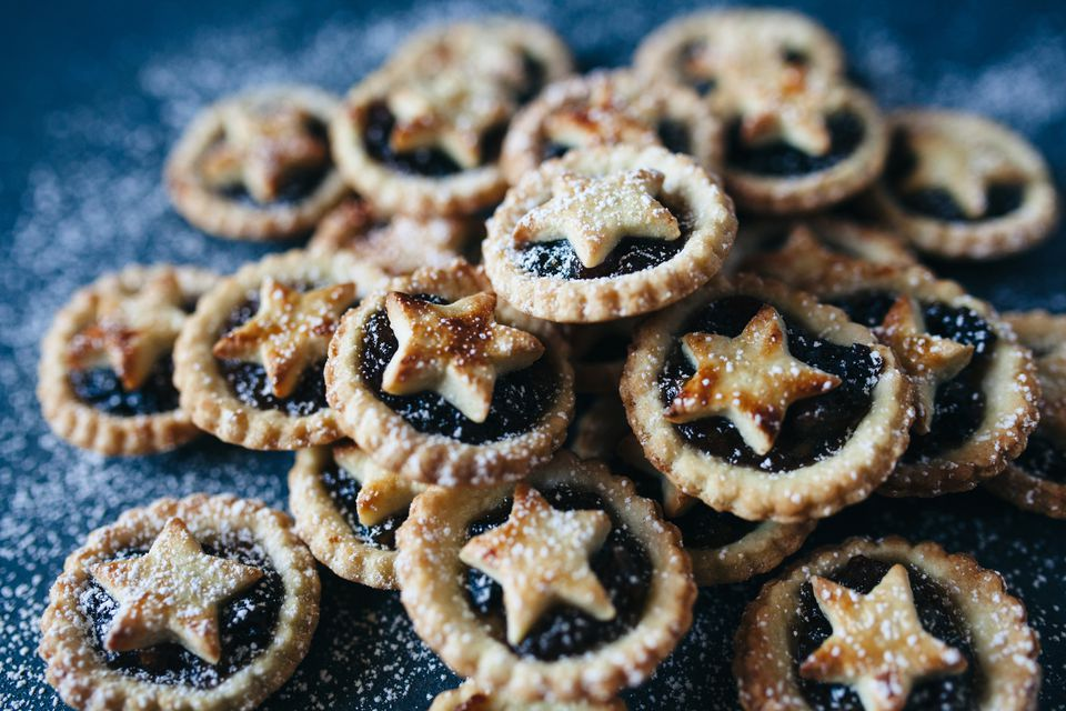 Easy traditional british mince pie recipe for English mincemeat recipe