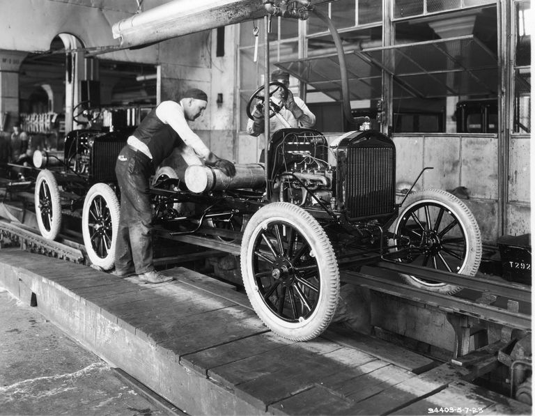 How Did Henry Ford Create Cars Before The Assmebly Line