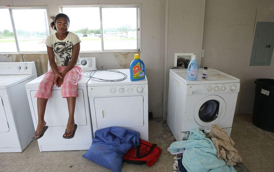 teach your teen to do laundry