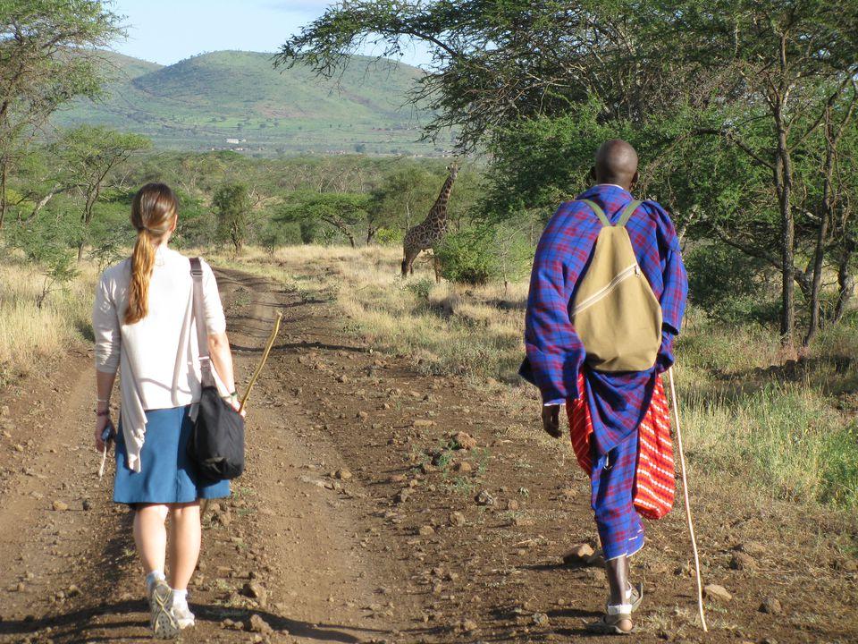 walking safari responisble travel africa