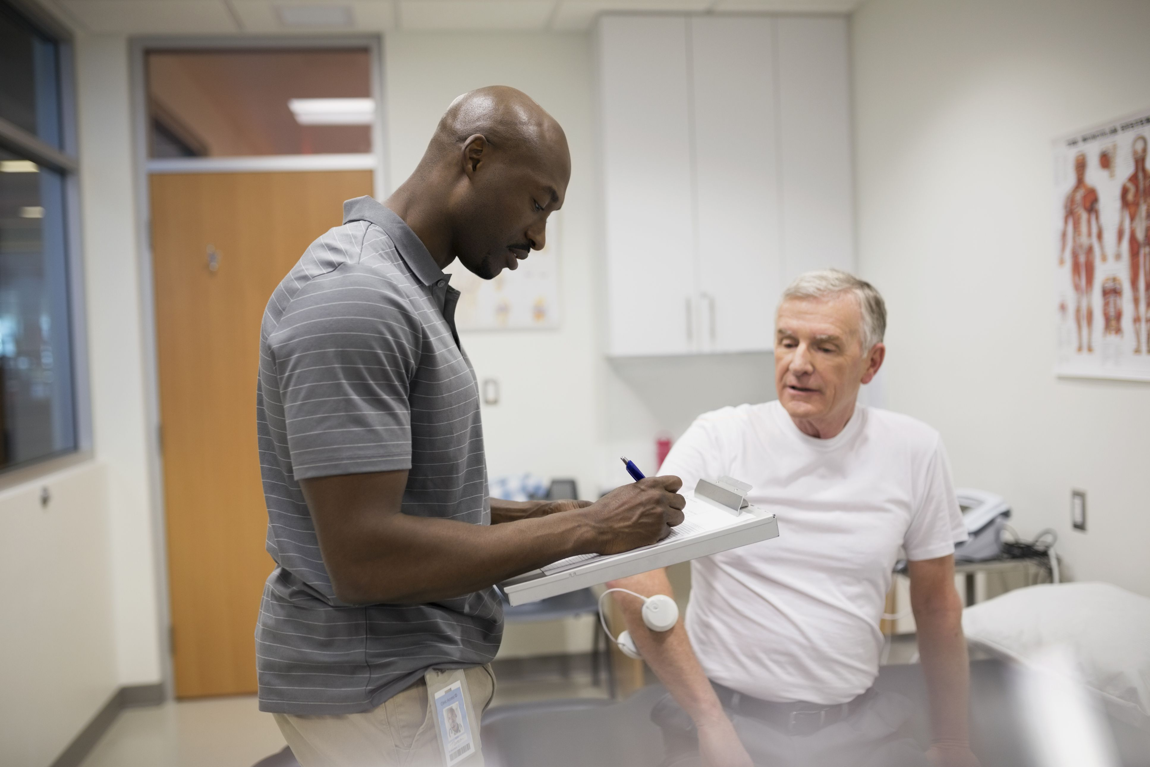 physical therapist job profile Physical therapy is a growing part of the medical industry physical therapists are key to recovery for some patients who are recuperating from injuries, illnesses, and surgery.