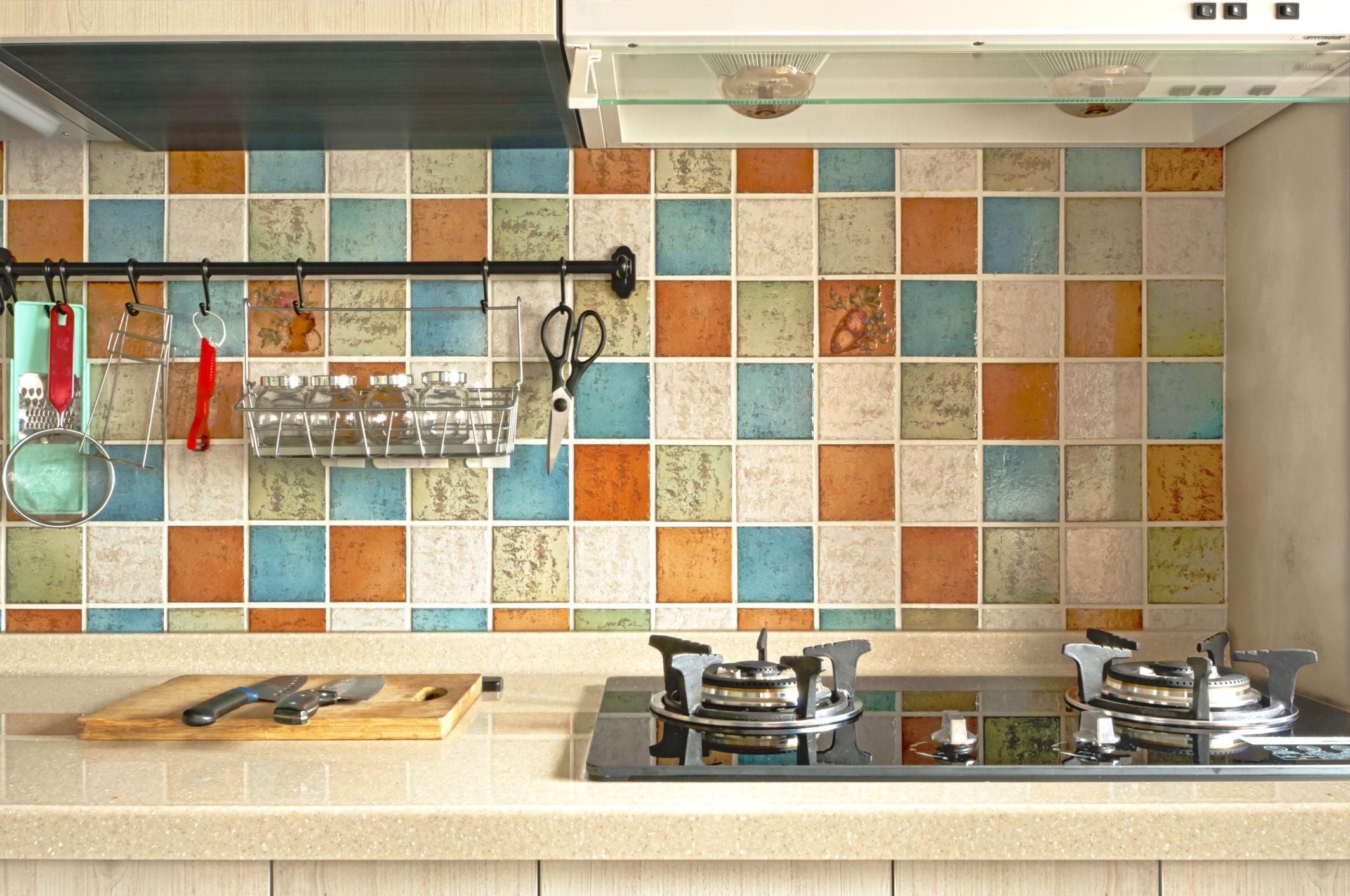 Kitchen Backsplash Behind Stove kitchen and bathroom backsplash basics
