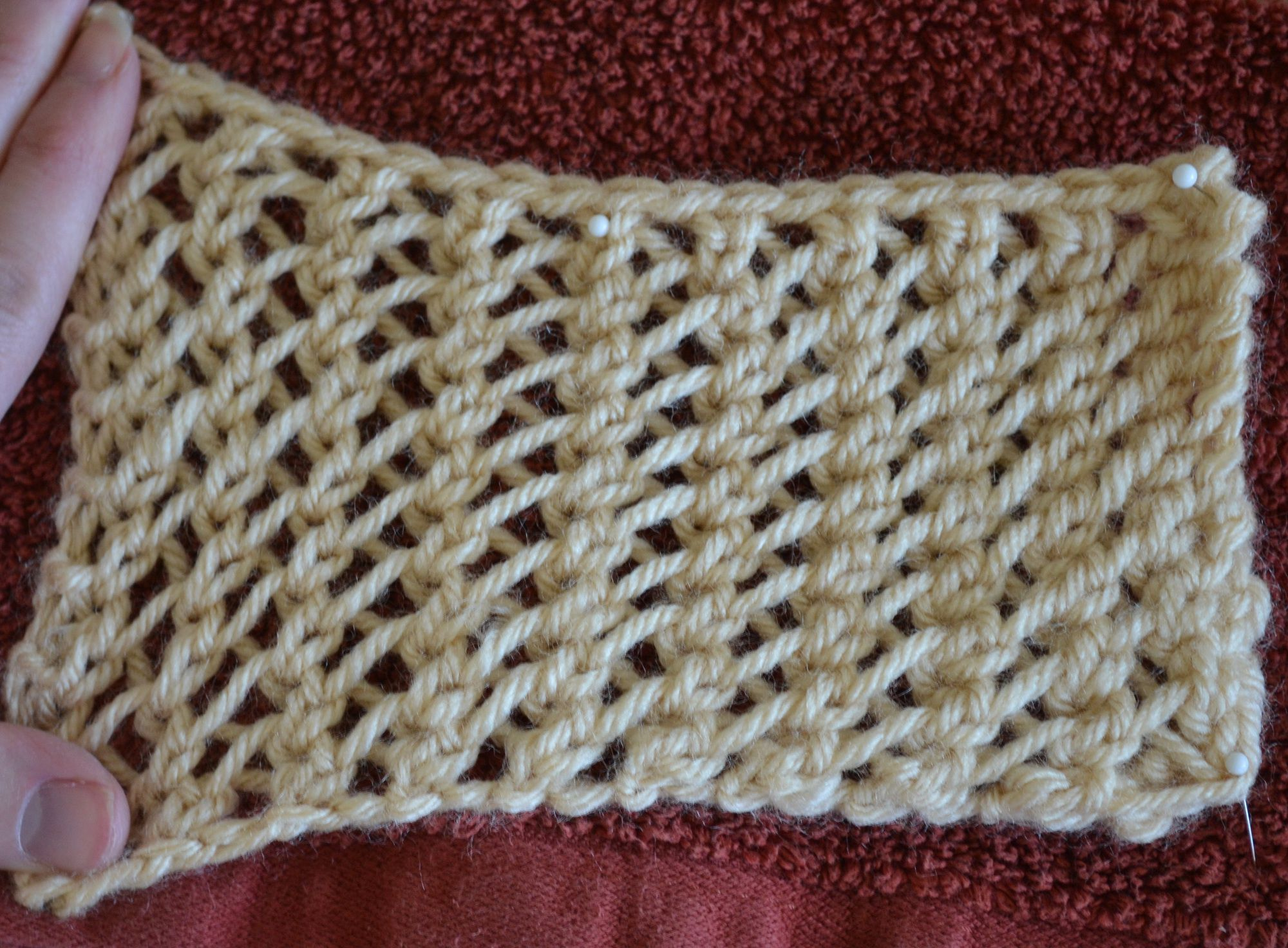 How to knit flemish block lace how to knit horseshoe lace knitting bankloansurffo Image collections