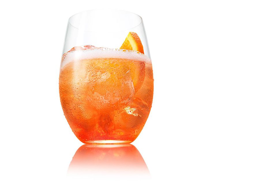 The Easy Aperol Spritz Cocktail