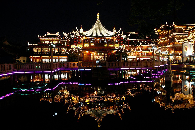 Visiting China S Historic Water Towns