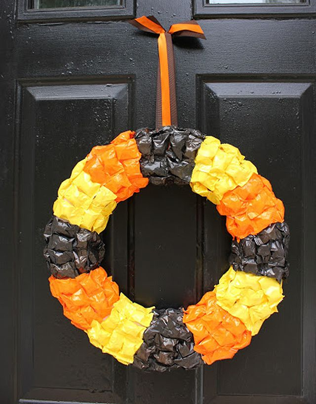 DIY Halloween Candy Wreath