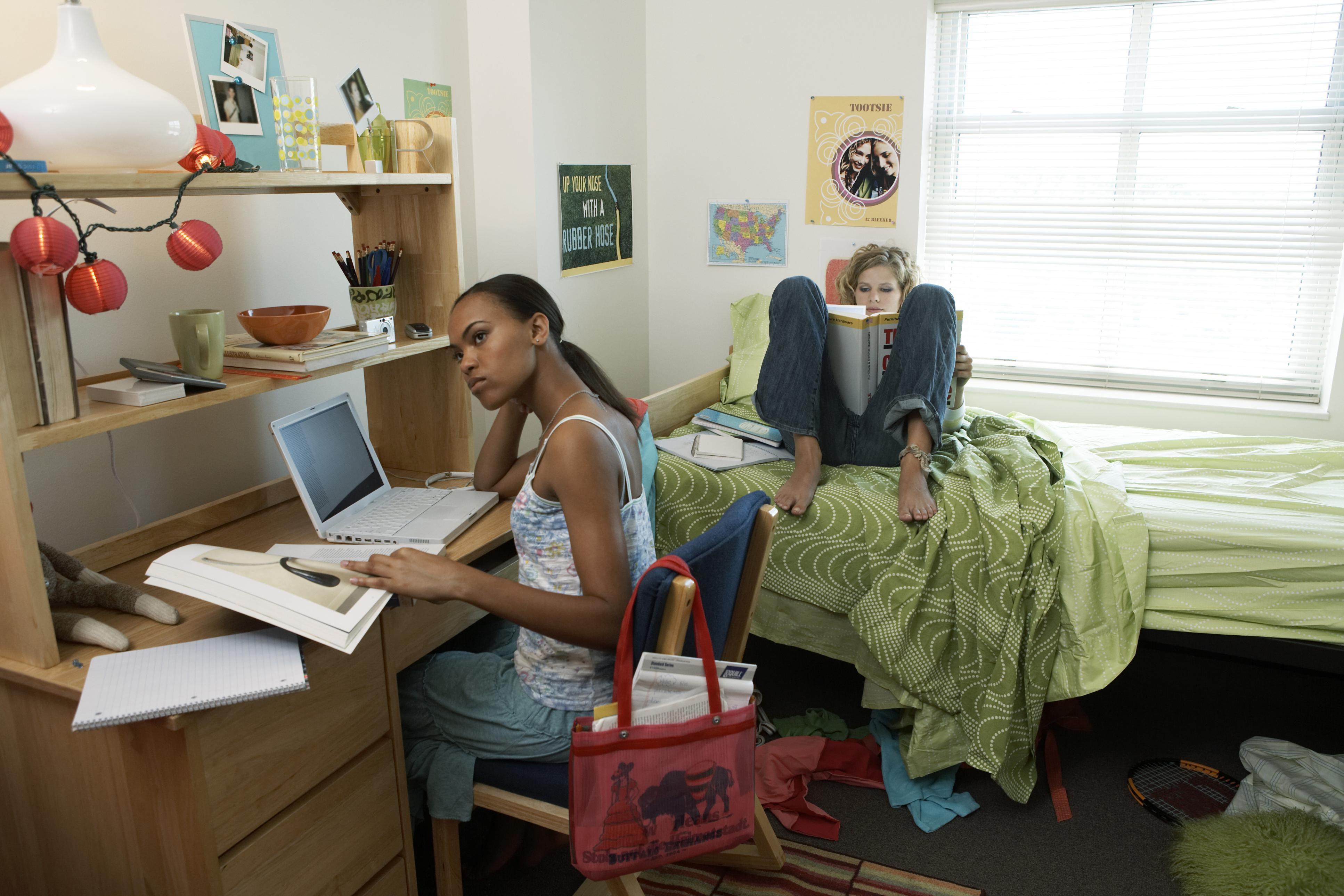 How To Organize A Dorm Room