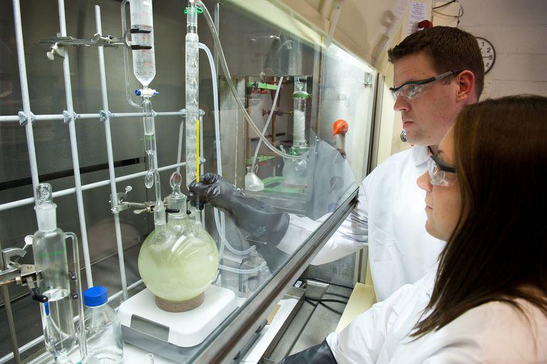 U.S. Army scientists analyze unknown samples