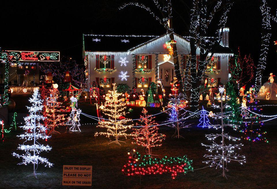 home christmas lights display - Home Christmas Lights