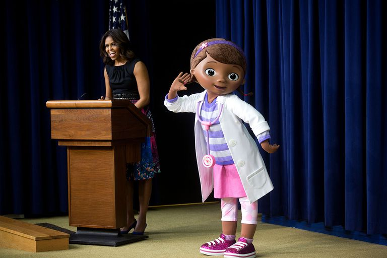 """Former First Lady Michelle Obama and Dottie """"Doc"""" McStuffins"""