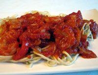 Spaghetti with Shrimp in a Spicy Tomato Sauce - Pasta con Salsa de Tomate, Gambas y Pimenton