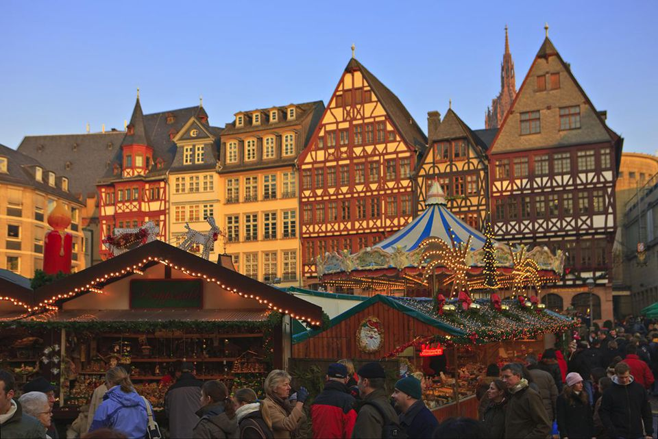 Christmas markets in the Romerplatz, Frankfurt, Hessen, Germany, Europe.