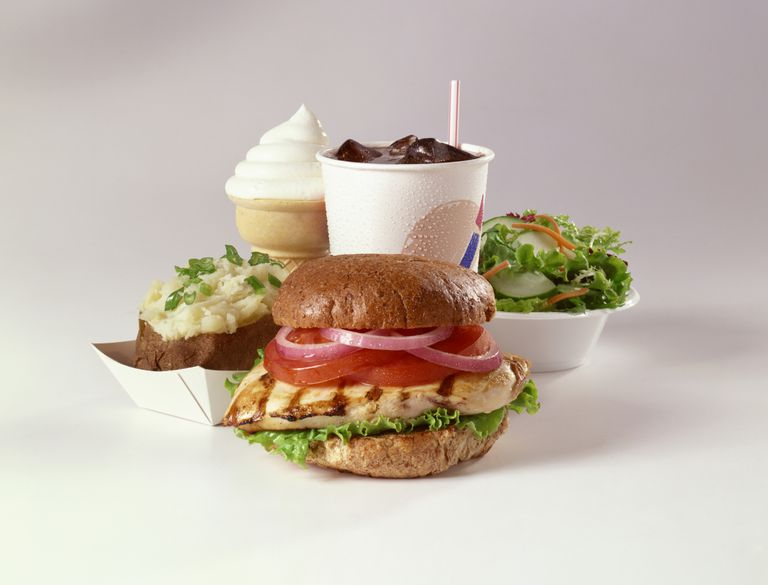 8 Fast-Food Meals Under 500 Calories photo
