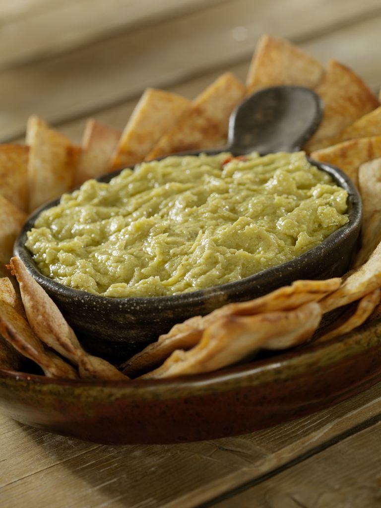 artichoke dip with pita chips