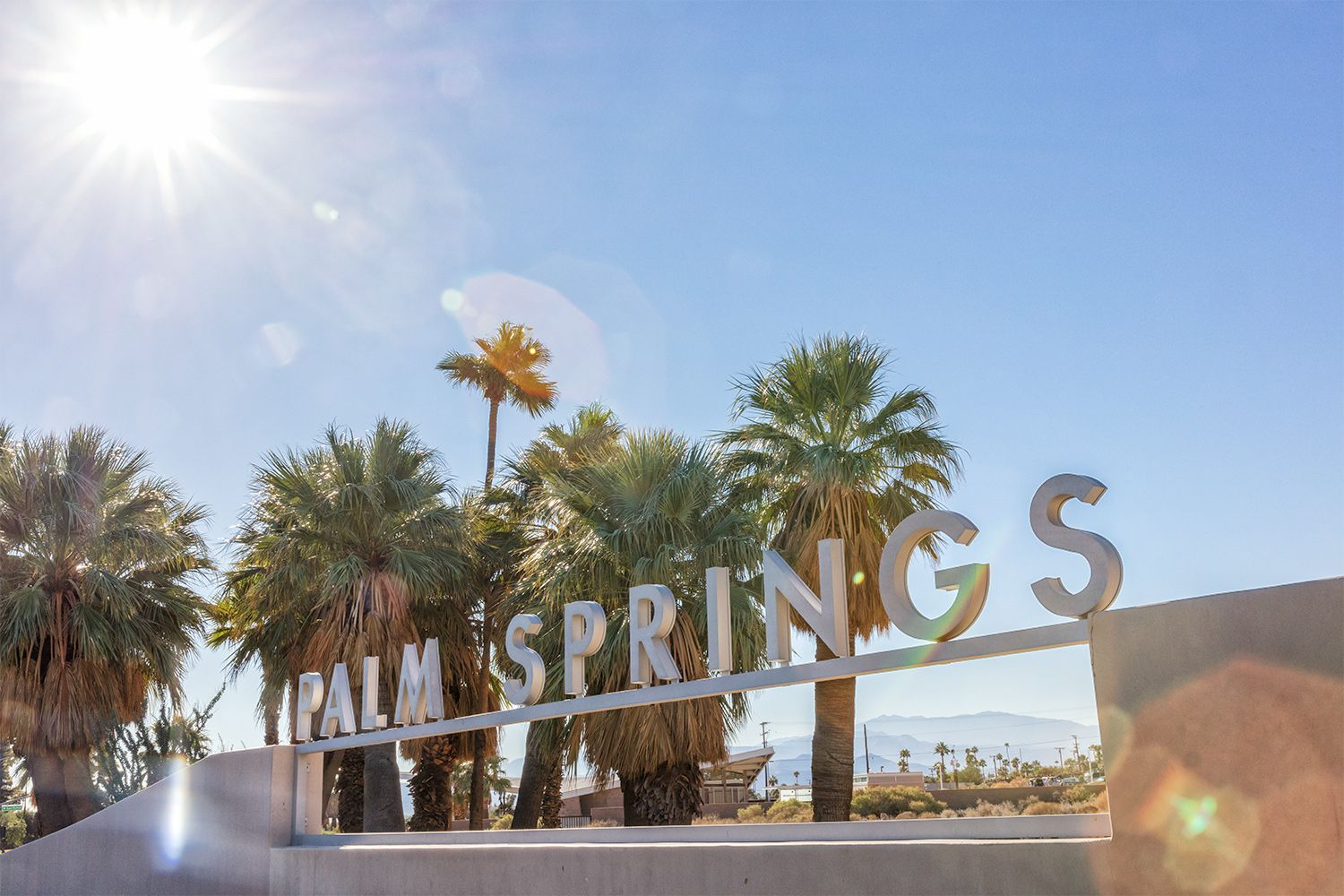 How to travel between los angeles and palm springs for Travel to palm springs