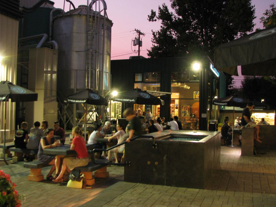 Lgbt Dining And Cafe Culture In Eugene Oregon