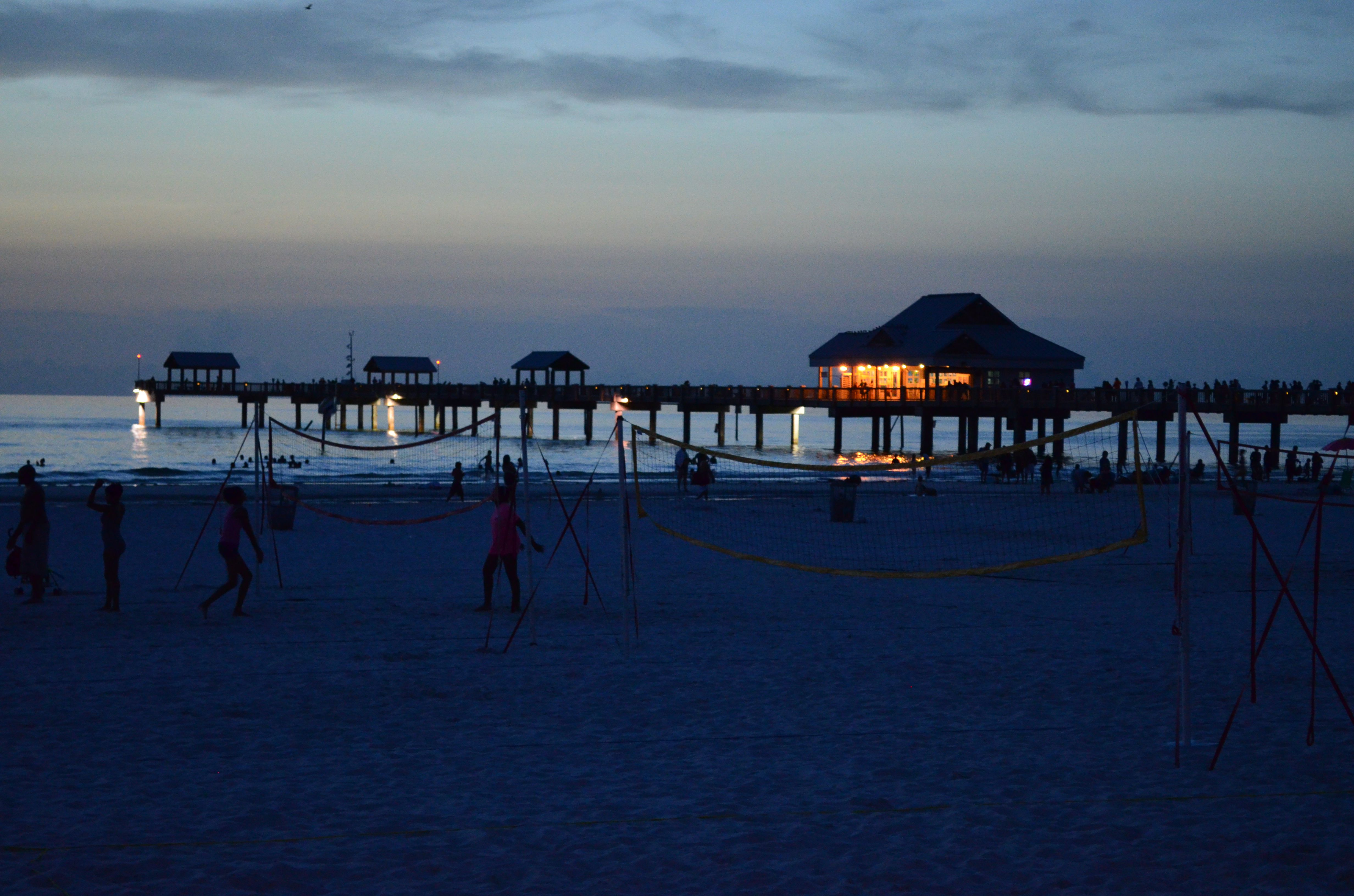 Top florida piers for travelers and anglers for Florida 3 day fishing license